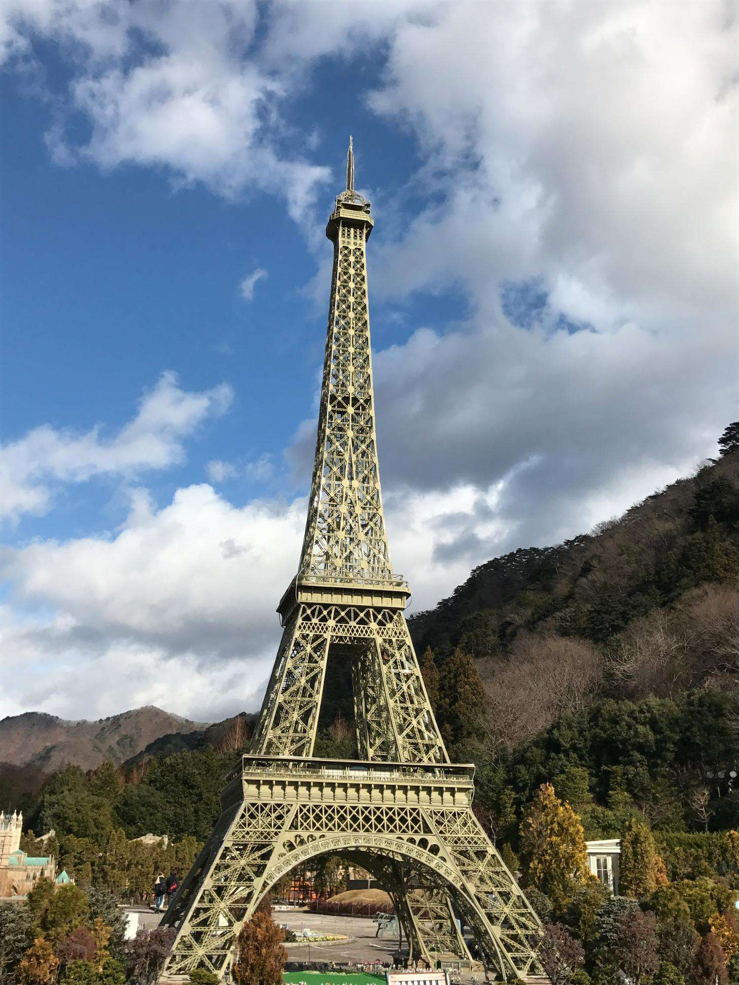 even Eiffel tower and other wonders.